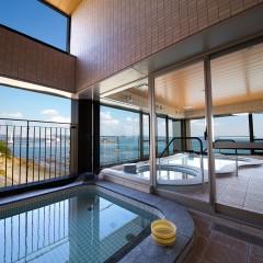 鳴門海峡を望む露天風呂